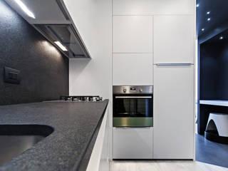 #1 Dream Apartment #Milano: Cucina in stile  di Arch. Andrea Pella