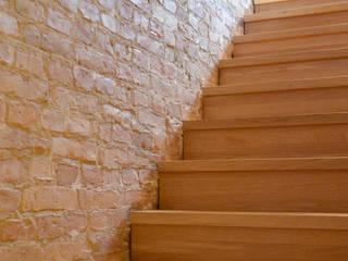 Corridor & hallway by ZAISER & ULBRICH  |  Design und Interior