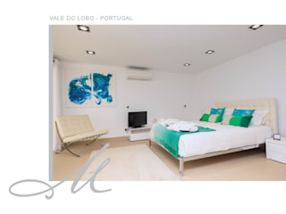 Holiday House in Vale do Lobo من Maria Raposo Interior Design