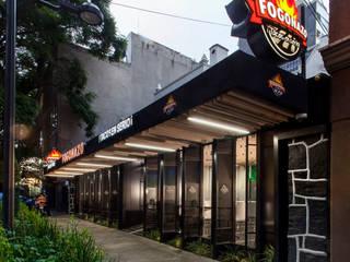 Restaurant Fogonazo Polanco Gastronomía de estilo industrial de PASQUINEL Studio Industrial