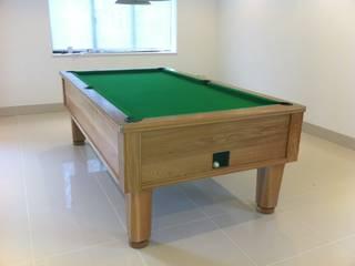 8ft Oak English pool table: minimalist  by John Bennett (Billiards) Ltd, Minimalist