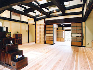 ห้องนั่งเล่น โดย 株式会社古田建築設計事務所, เอเชียน