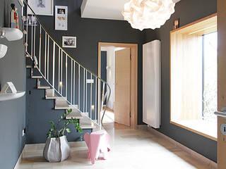 Haus N: moderne Häuser von marcbetz architektur