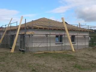 Bungalow: klassische Häuser von eMKo-Conzeptbau
