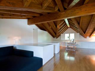 Casa C: Case in stile  di Di Dato & Meninno Architetti Associati