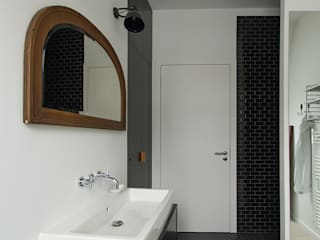 Bathroom by Berlin Interior Design
