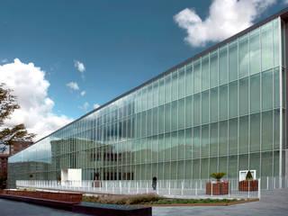 Conservatorio di Musica di Bilbao:  in stile  di Roberto Ercilla