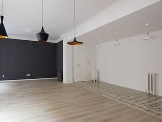 Reforma de vivienda en Ensanche de Valencia de TAMA ESTUDIO
