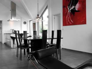 Appartement C 3.2: Maisons de style  par URBAN NATION & GICART- RENAUD, ARCHITECTES