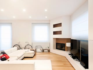 Living room by Tramas, Modern