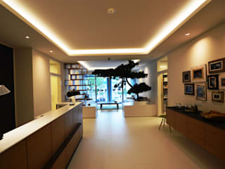 Offices & stores by Lumoplan Lichtplanung Berlin