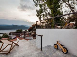 Terrazas de estilo  de Dellekamp Arquitectos