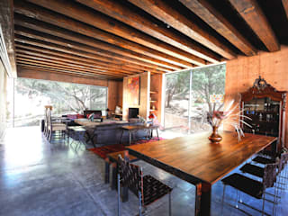 Casa Narigua Comedores rústicos de P+0 Arquitectura Rústico