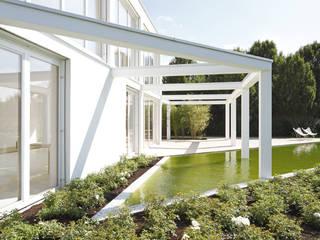 HAUS G. REGENSBURG: minimalistische Häuser von brandl architekten . bda