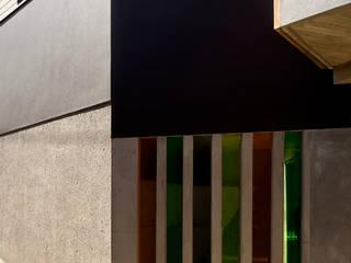 Vivienda unifamiliar Ca'Paco equipo olivares Puertas y ventanas de estilo moderno