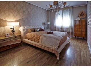 Lola Glamour Modern style bedroom