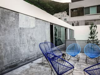 Patios & Decks by P+0 Arquitectura, Modern
