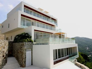 Houses by BNKR Arquitectura