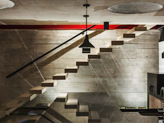 Ingresso, Corridoio & Scale in stile moderno di FCstudio Moderno