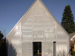 Anbau und Sanierung eines Wohnhauses Moderne Wohnzimmer von Haack + Höpfner . Architekten und Stadtplaner BDA Modern
