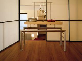 Loft Verticale: Cucina in stile  di Luigi Ferrario