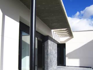 VIVIENDA FyF. Abades ( Segovia ) Espacios de BM2C Arquitectos