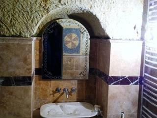 Classic style bathroom by özgarip cam ltd şti Classic