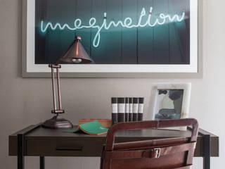 Salon de style  par Roselind Wilson Design