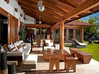 Taller Luis Esquinca Balcone, Veranda & Terrazza in stile moderno