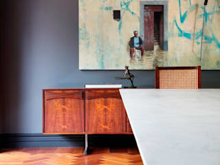 Dining room by STUDIO GUILHERME TORRES