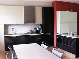 Cucina Casa Casati Cucina moderna di Andrea Casati Design Moderno