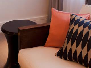 Hans Place: Knightsbridge Roselind Wilson Design SalasAccesorios y decoración