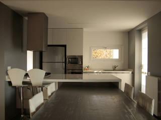 modern  by Architetto Andrea Pagani, Modern