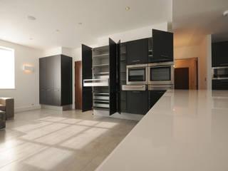 Rowan Walk Modern kitchen by Coupdeville Modern