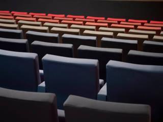 Reforma del Teatro Buero Vallejo en Alcorcón: Museos de estilo  de Envés arquitectos
