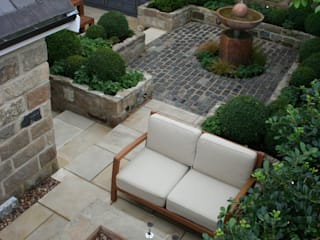 Urban Courtyard for Entertaining Bestall & Co Landscape Design Ltd Jardines de estilo moderno