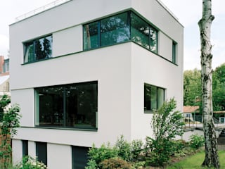 Modern houses by IOX Architekten GmbH Modern