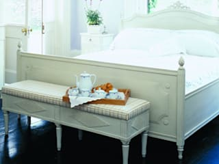 Bedroom design:   by Gustavian