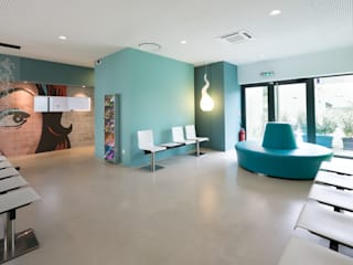 Un cabinet comme un jardin d'hiver Espaces de bureaux modernes par Agence d'architecture intérieure Laurence Faure Moderne