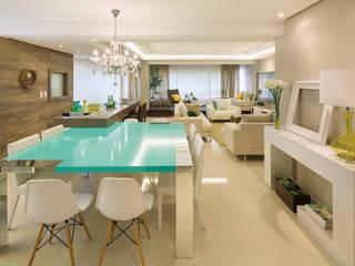 Salle à manger moderne par AL11 ARQUITETURA Moderne