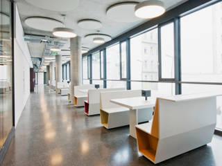 NEUBAU INSTITUTSGEBÄUDE WÄHRINGERSTRASSE 29-31:  Schulen von NMPB Architekten