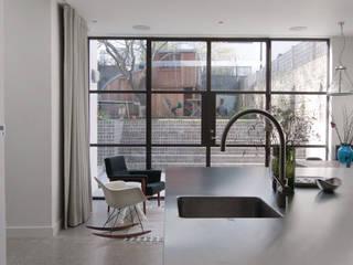 Mortimer Road, De Beauvoir Emmett Russell Architects Kitchen