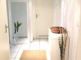 Bureau de style  par Homestaging Sabine Wöppel, Moderne