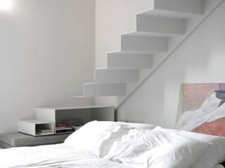 Loft G Camera da letto minimalista di Pinoni + Lazzarini Minimalista