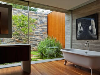 Casas modernas: Ideas, imágenes y decoración de Studio MK27 Moderno