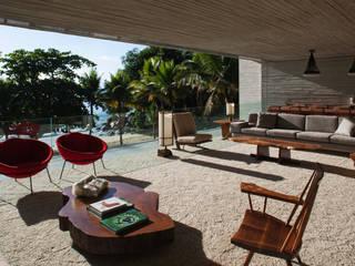 Modern balcony, veranda & terrace by Studio MK27 Modern