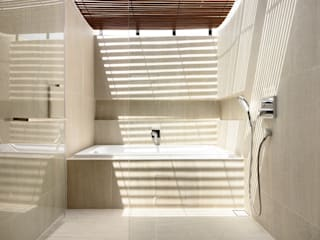 Bathroom by HYLA Architects