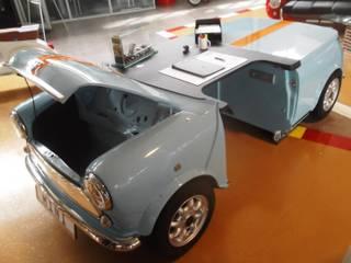 Autoschreibtische Ausgefallene Arbeitszimmer von Automöbeldesign Ausgefallen