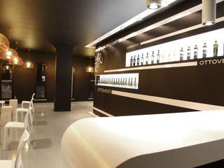 Concept winestore OTTOVENTI: Negozi & Locali commerciali in stile  di Gianni Ingardia Architetto