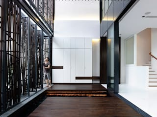 Rumah by HYLA Architects